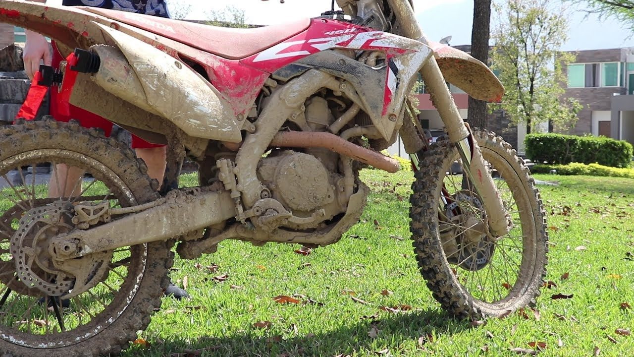 powerwash extremely muddy dirtbi - Powerwash Extremely Muddy Dirtbike!